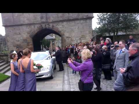 Wedding at Linlithgow palace windy day