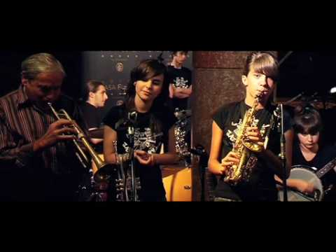 some of these days   Sant Andreu Jazz Band ( Eva Fernandez , Andrea Motis )