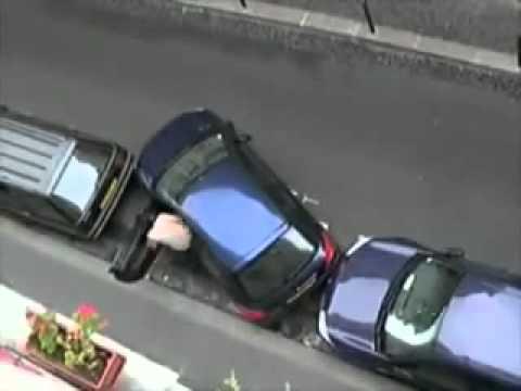 Danosse COM   Rapaz talentoso na hora de estacionar   Parking Talent   YouTube