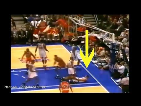 Scottie Pippen Monster Dunk on John Starks! (1993 Playoffs)