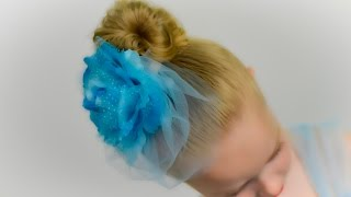 1 MINUTE! EASY MESSY BUN \ TOP KNOT hairstyle with elastics. Quick and Easy Hairstyle #34