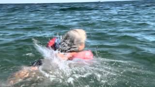 Мы научились плавать!!!!