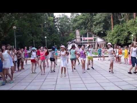 Видео: Танцевальный флеш-моб в Обнинске