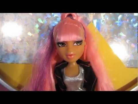 Official Bratz Music Video - Nicki Minaj
