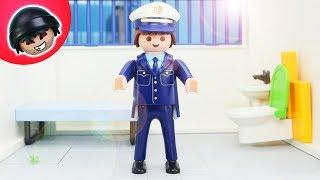 24h EINGESPERRT in der Polizeistation! Playmobil Polizei Film - KARLCHEN KNACK #146