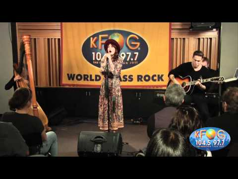 Florence And The Machine - Shake It Out (Live At KFOG Radio)