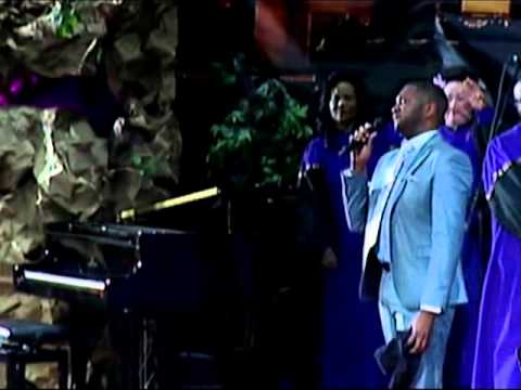 Daryl Coley with Tri City Singers -  When Sunday Comes (As Led By Monty Sellers)