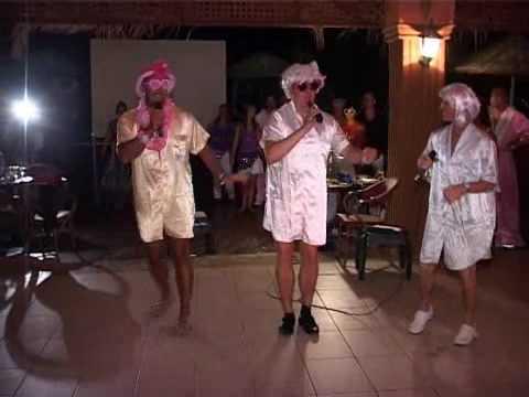Karaoke @ Utopia World Alanya - de foppers.