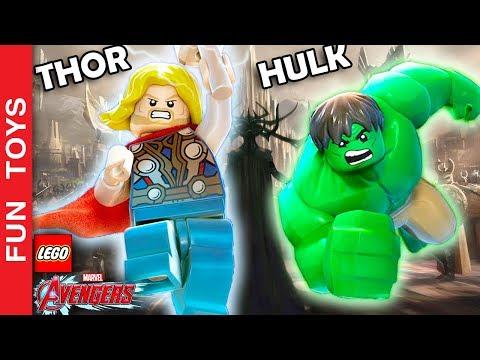 THOR e HULK em ASGARD no LEGO Marvel Vingadores - Thor Ragnarok - em Português ⚡️🔨💥: Thor e Hulk passeiam por Asgard e mostram um pouco da cidade natal do Thor a mesma que aparece nos filmes inclusive no novo Thor Ragnarok.  Compre brinquedos Lego do Thor aqui: http://amzn.to/2yOngdw  Comente se você já assistiu o filme e o que achou dele!  Já terminamos a série dos Vingadores, se quiser ver os gameplays dos Vingadores desde o início, veja aqui: http://bit.ly/DisneyInfinityFT  Se quiser assistir a série do Homem Aranha desde o início, veja aqui: http://bit.ly/SpiderManDI  Não se esqueça de dar um JOINHA no vídeo, MOSTRAR este vídeo para seus amigos e parentes e de se INSCREVER no canal clicando neste link: http://bit.ly/FunToysVideos  ✦Inscreva-se: http://bit.ly/FunToysVideos ✦Twitter: https://twitter.com/FunToysBrinque ✦Google+: https://goo.gl/QVmgp0 ✦Instagram: https://instagram.com/fun_toys_brinquedos/ ✦Blog: http://festadeideias.com.br/Fun_Toys_Brinquedos/ ✦Facebook: http://bit.ly/FunToysFacebook   ✦VEJA ABAIXO outros vídeos legais: - Todos os Gameplays: https://www.youtube.com/watch?v=4DElElgNGB4&list=PL2edokDcUWHIZRjdi8d-Gj3NaBM8UWN8r  - Todos as Construções de Lego com Minecraft: https://www.youtube.com/playlist?list=PL2edokDcUWHLtdIVszqrE2C9BI1AmTrW9  - Todos de fazer com lápis papel e alguns com lego: https://www.youtube.com/playlist?list=PL2edokDcUWHLy2CKSSjocDGgMD5Y8lAXL  - Todos com Estorinhas com brinquedos: https://www.youtube.com/playlist?list=PL2edokDcUWHJqv9GlD0UFfNiqVfwFysv0  - Meus vídeos Favoritos: https://www.youtube.com/playlist?list=PL2edokDcUWHJkaMtTyWXEODq8703ra-Lu  - Todos os nossos vídeos de Star Wars: https://www.youtube.com/playlist?list=PL2edokDcUWHIbLmvKreS8ToGqLdvYgA8I  - Aqui você pode ver TODOS os vídeos: http://bit.ly/FunToysVideos  - Faça sua PRÓPRIA Pokebola com Lego ou no MINECRAFT - Pokemon Go: https://www.youtube.com/watch?v=xmVxWsR_iCA&index=3&list=PL2edokDcUWHLRrau5wZfxiP5gZjU7EHhA   - Todos os Uniformes do Batman e Robin do