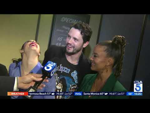 KTLA Is With The Cast Of Roswell, New Mexico For An Experience