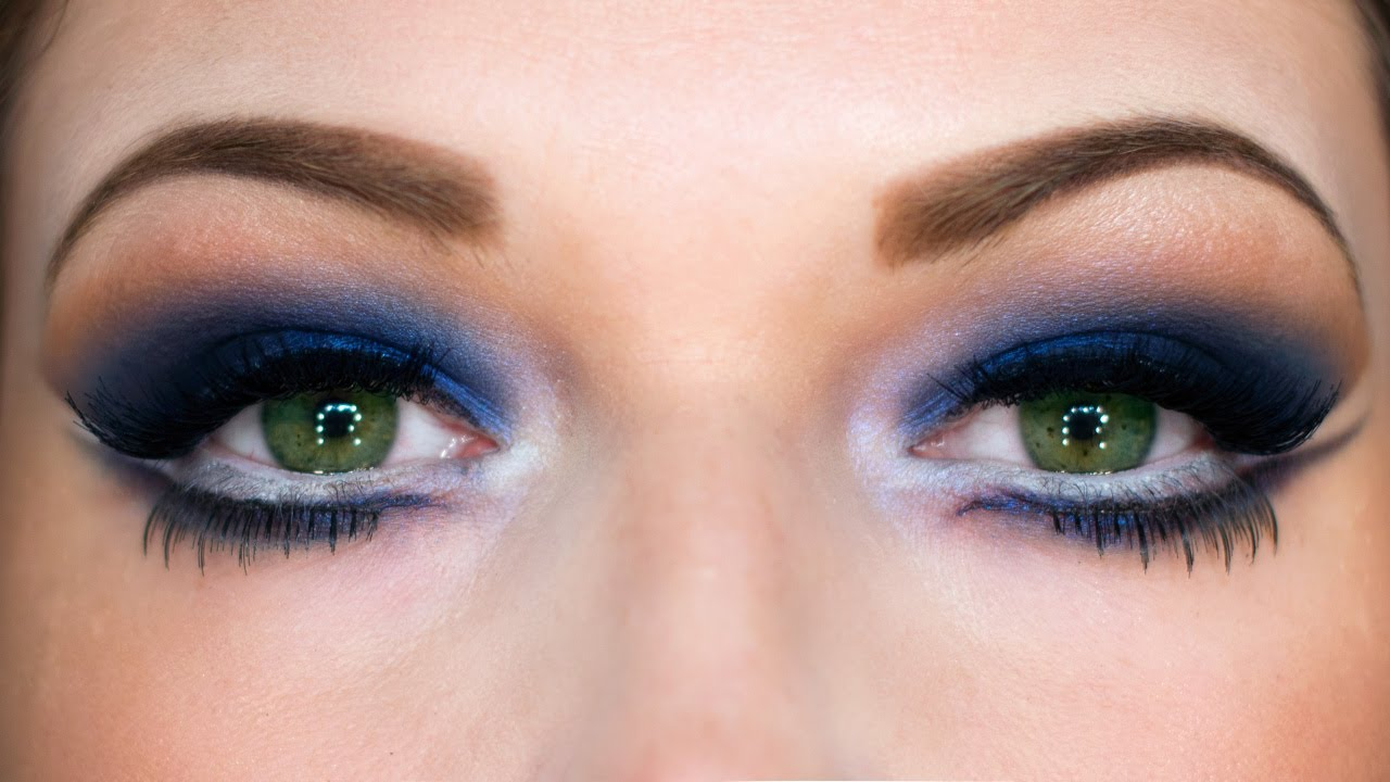 Midnight Blue Eyes: New Year's Party Makeup