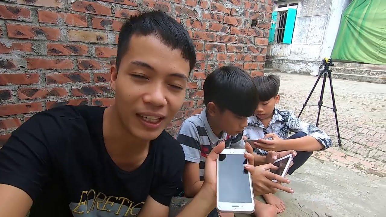 Tặng bạn Đức chiếc Iphone mới ||