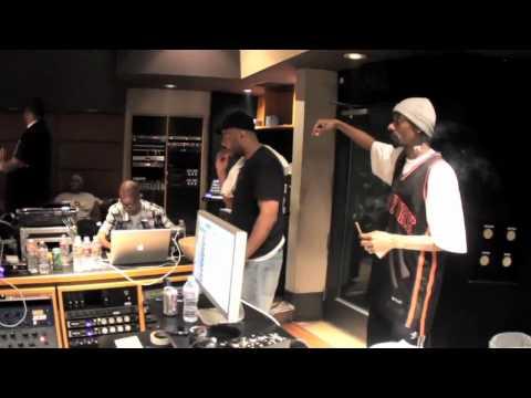 Snoop Dogg DJ Quik The D.O. C. BattleCat & DJ Pooh for Dr Dre's Detox 2.mp4