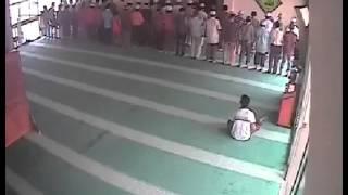 CCTV তে মসজিদের দানবাক্স চুরির ভিডিও।