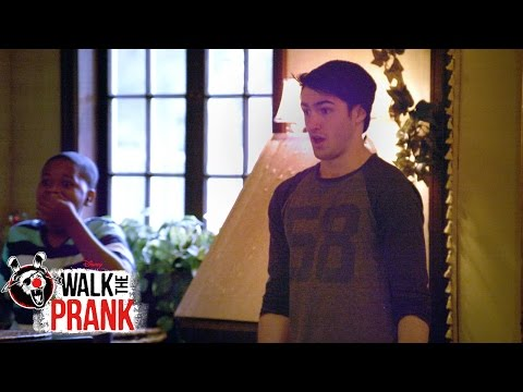 Party Planner | Walk the Prank | Disney XD
