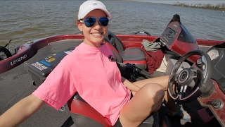 Fishing Lessons with The Wife - I let her Drive!