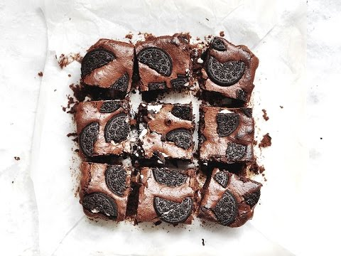 How to Make Oreo Brownies | Lizzy Hodgins
