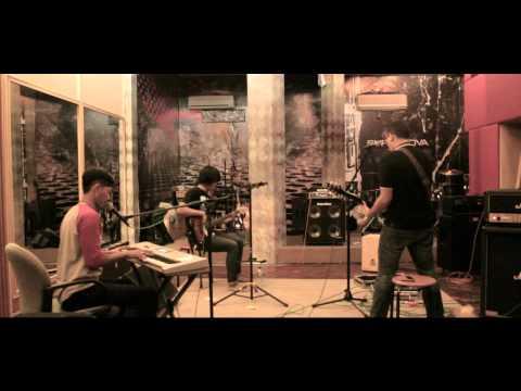 KESNA (Rehearsal at Musicastudio's)