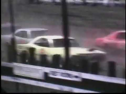 April 29, 1972   Knoxville Raceway   USAC Late Model Stock Car show at Marion