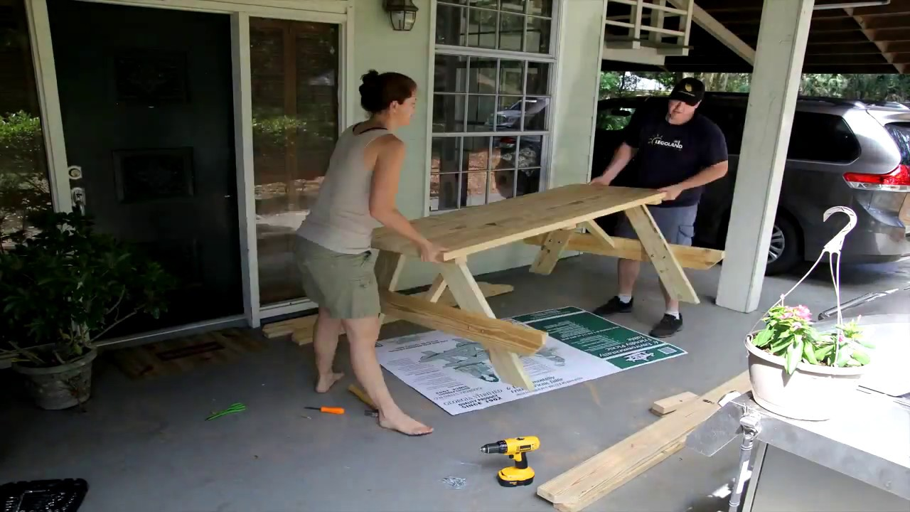 Lowes Picnic Table Bench Build Video Time Lapse Youtube