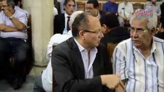 وزير الثقافة السابق عماد أبو غازى و عماد جاد فى عزاء المخرج رأفت الميهى