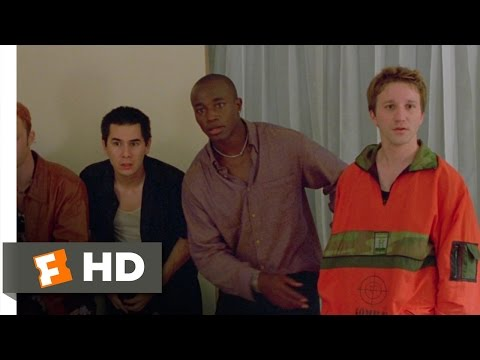 Go (4/8) Movie CLIP - 30 Seconds to Get Outta Here (1999) HD