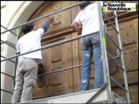 VIDEO. Richelieu : cent bénévoles pour repeindre la ville