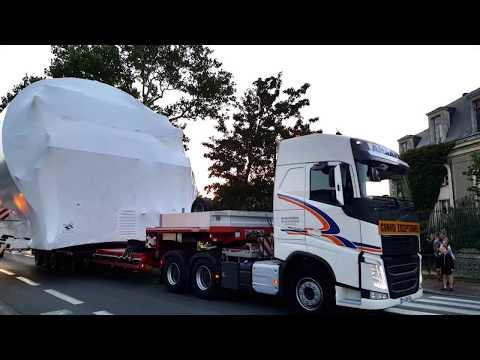 convoi exceptionnel à rochefort 2017 -stelia avion belugaXL -