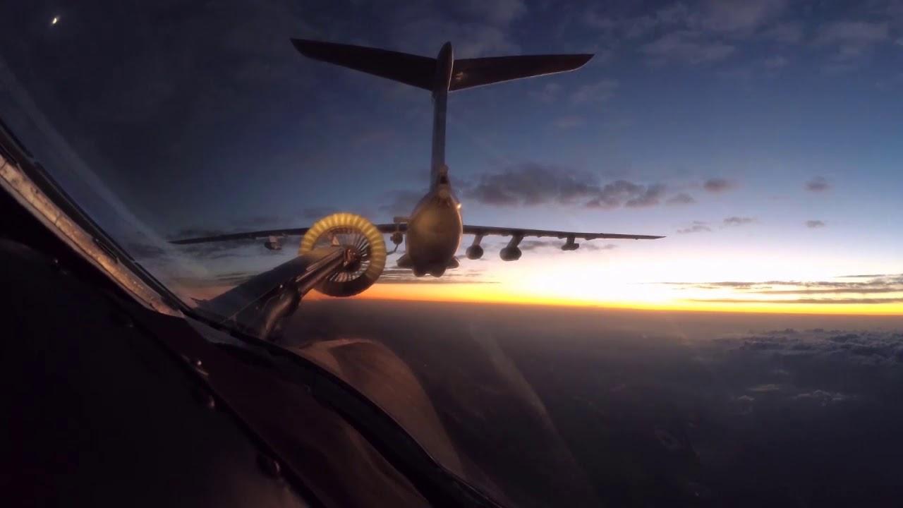 Дозаправка и прибытие стратегических бомбардировщиков Ту-160 ВКС РФ в ЮАР