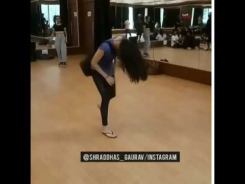 Shraddha Kapoor Funny Video From The Sets Of #StreetDancer3D Mp3