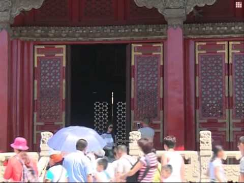 Lavish Empress Dowager Cixi's treasures exhibited