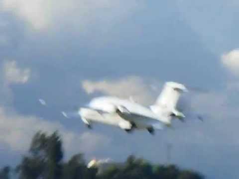 Piaggio P.180 Avanti Takeoff!!