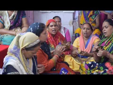 Mere Mandir Me No No Deviya hai lyrics mata bhajan hindi lyrics  मेरे मंदिर में नो नो देविया है lyrics