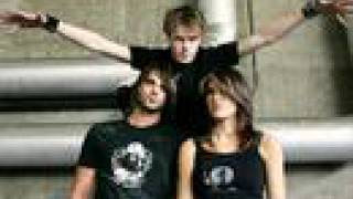 Sick Puppies-Issues (With Lyrics)