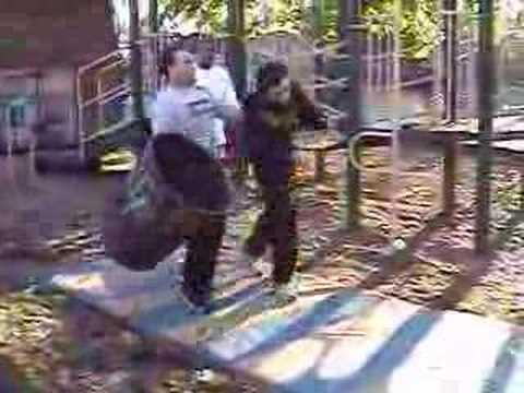 UHW: Dangerous Dimo vs Bull Stamboli