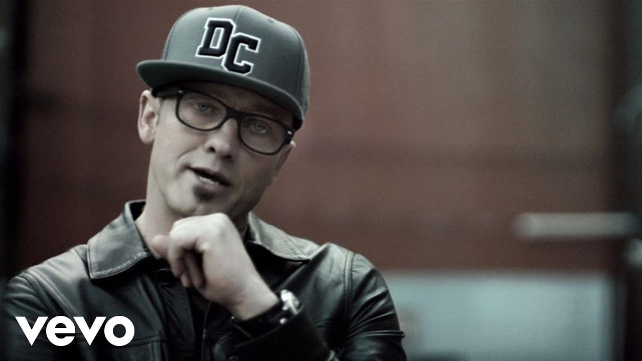 TobyMac - Eye'M All Mixed Up (Mega Remix/Medley)