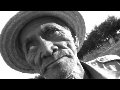 AMPY IZAY ! Hira Fiarenana - VAHÖMBEY
