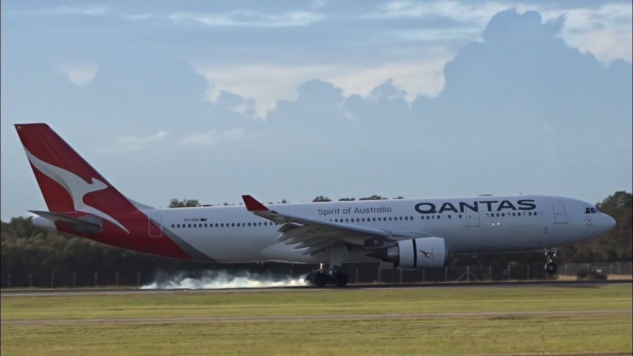 NEW LIVERY Qantas Airbus A330-202 [VH-EBN] | Landing | Brisbane Airport