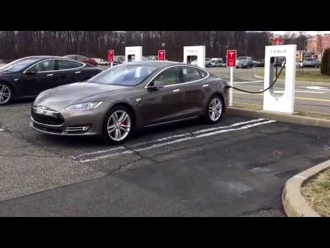 Tesla Supercharger Menlo Mall NJ