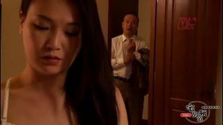 Download Video Ketika suami pergi kerja istri enakan berduaan dan mesra dengan calon mertua MP3 3GP MP4