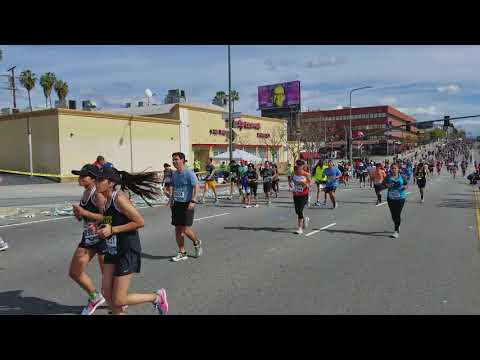 2018 LA Marathon - Century City/Westwood - Mile 19