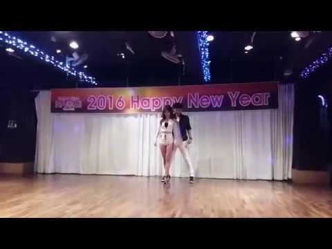 Jay K y Lucy Bachata performance Lokita @ Salsa club Naomi