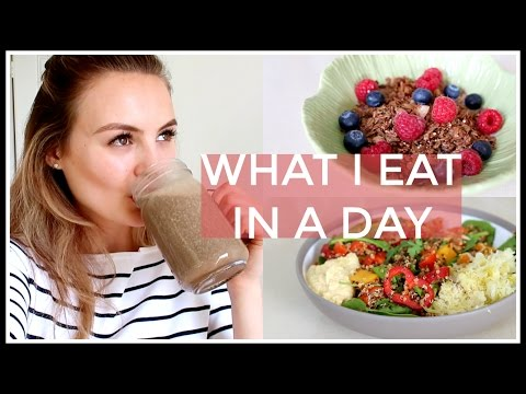 19. What I Eat In A Day  Niomi Smart
