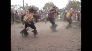 traditional dance from eastern province Zambia.mp4
