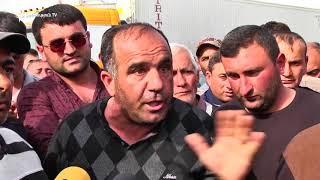 Բեռնատարների վարորդները փակել էին Գյումրի – Երևան մայրուղին՝ ի նշան բողոքի