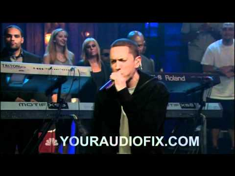 Eminem - Wont Back Down ft. The Roots Live Jimmy Fallon