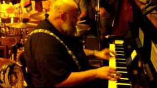 Trad Jazz Piano at Papa Joe