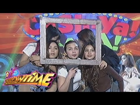 It's Showtime Cash-Ya: Team Nadine in one picture frame