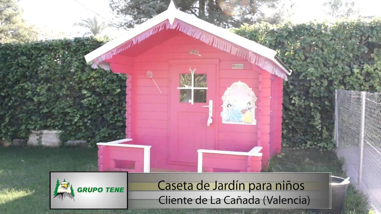Casa de madera grupo tene instalaci n de una caseta de for Casita infantil jardin