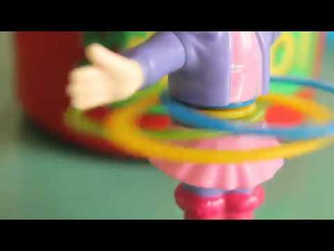 Amazing toy dancing I Jollibee Toy Twirlie Hula Hoop Kids Toys 2014